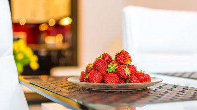 Проф. Божидар Попов: В горещите дни избирайте млечни продукти, плодове и зелечуци