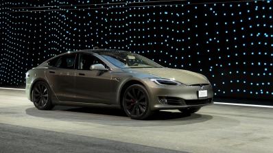Кулминацията идва: Tesla доставя първите автомобили от Model 3 в края на месеца