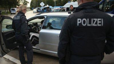 Тунизиец прерязал гърлото на старица в Австрия, убил мъжа й с нож и бастун