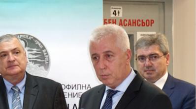 Здравният министър обеща паник бутони във всички линейки
