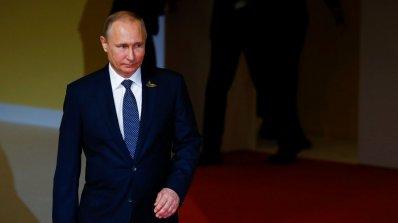 Владимир Путин има недеклариран мотор. Кремъл: Това е полуфалшива новина