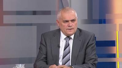 Валентин Радев изригна: Авторитетът на полицията трябва да бъде пазен