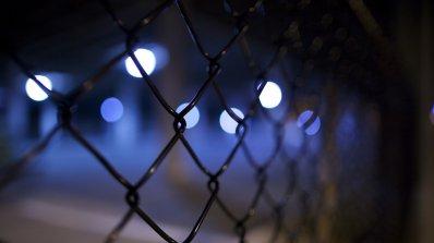 Арестуваха 77 телефонни измамници на остров Фиджи