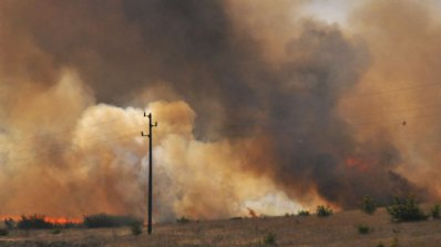 Голям пожар бушува на остров Лесбос