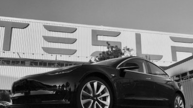 Tesla се забави, но не забрави: любопитни факти около новия Model 3