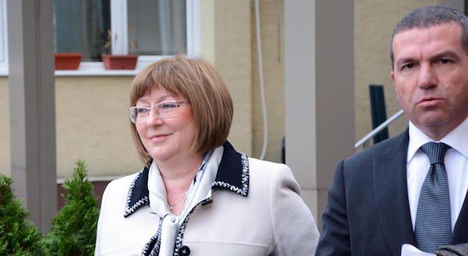 Съпругата на Цветан Василев: Той отказва да е съден от българската мафия