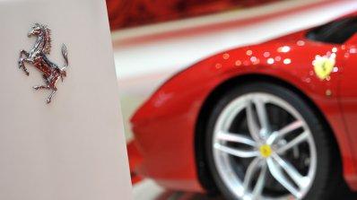 Ferrari все пак ще се похвалят с SUV