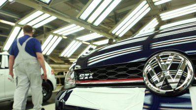Volkswagen ще превозва футболистите на Евро 2020