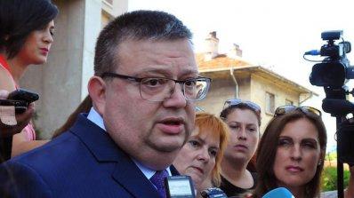 Цацаров разпореди нападенията над лекари да се разследват приоритетно