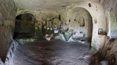Осмарските скални манастири са интересна и непопулярна дестинация (снимки)