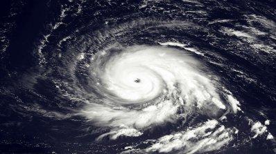 Нова силна буря застрашава островите в Карибско море и югоизточната част на САЩ