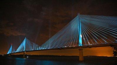 В Шотландия бе открит един от най-модерните мостове (снимки)
