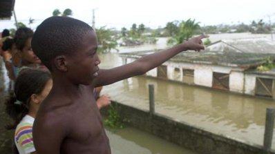 Ирма е засегнала сериозно централната част на Куба (видео)