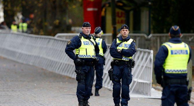 Изнасилиха шведски ляв политик заради убежденията му