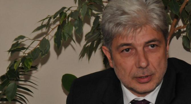 Министър Нено Димов ще открие учебната година в 9-а Френска езикова гимназия