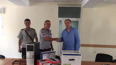 ГЕРБ-Бургас дари нов компютър, принтер и скенер на пожарната в морския град
