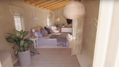 Отвори първият хостел, направен от пясък (видео)