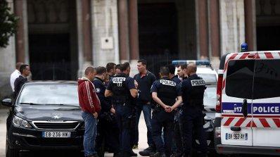 Жертвите на нападателя в Марсилия са жени (обновена)