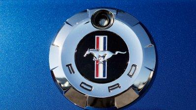 Компанията Форд подарява на саудитска активистка мечтаната от нея кола