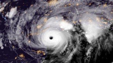 Флорида, Алабама и Луизиана обявиха извънредно положение заради наближаваща буря
