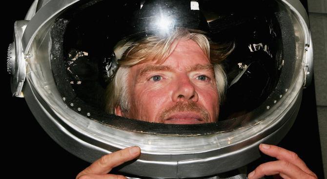 Ричард Брансън ще полети в космоса след 6 месеца