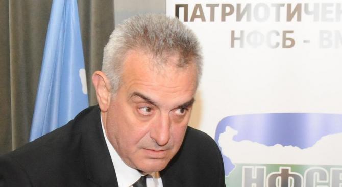 Валентин Касабов: Дървениците от ДПС да не се пречкат в краката ни, защото можем да ги смачкаме