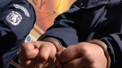 Спецпрокуратурата обвини двамата полицаи задържани при снощната акция в София