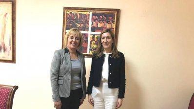 Николина Ангелкова и Мая Манолова се споразумяха за сътрудничество в подкрепа на зимния туризъм