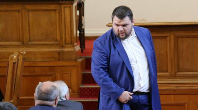 Пеевски: От гласуването за КТБ ще лъсне кой подкрепя задкулисието