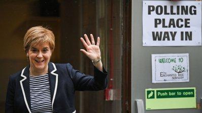 Премиерът на Шотландия осъди решението за арест на 8 каталунски министри