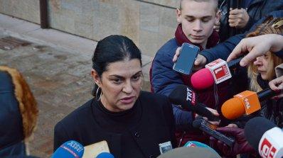 Велислава Кръстева към ОП: Вие сте идиоти! Павел Шопов: Ти си еничарка