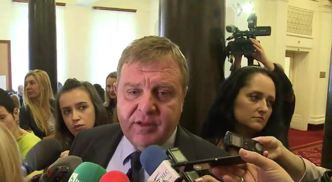 Красимир Каракачанов: До края на юли трябва да приключи процедурата по избора на самолетите (видео)