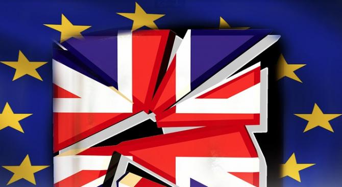 Великобритания очаква, че повечето граждани от ЕС ще могат да останат след Брекзита