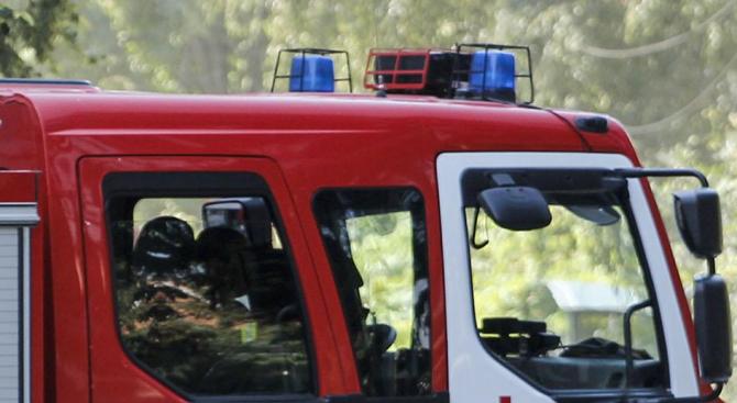 Запалиха автомобил във врачанско село