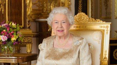 Британската кралица с 10 млн. лири в офшорки
