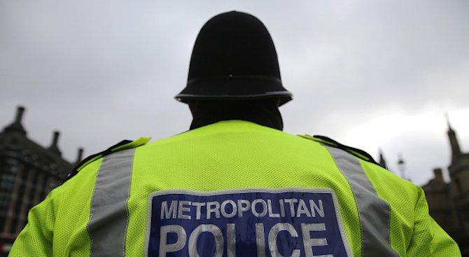 14-годишно момиче е задържано в Лондон по подозрение за тероризъм