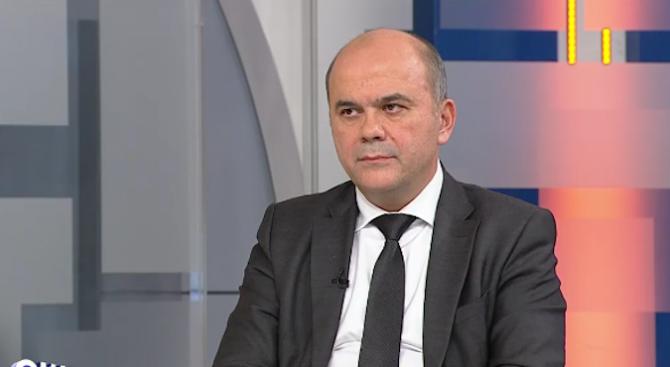 Бисер Петков: Даваме по 40 лева на всички с пенсии до 321 лева