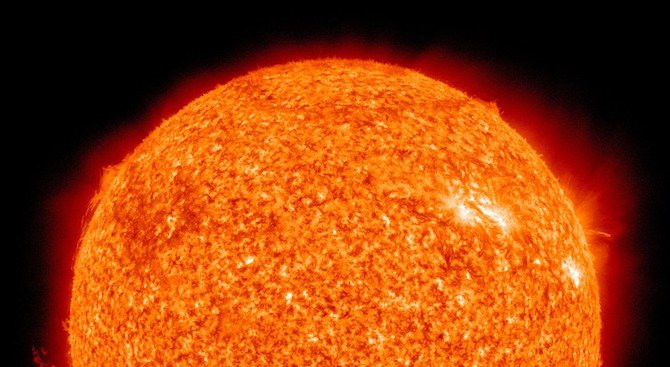 Изчезнаха всички петна на обърнатата към Земята страна на Слънцето