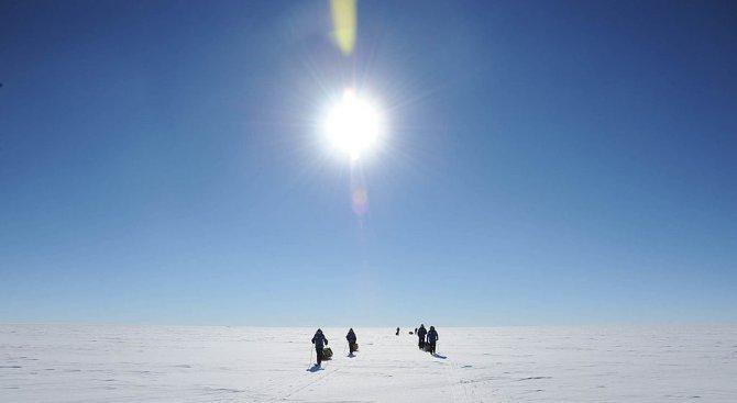 Първата група от български антарктици заминава за остров Ливингстън