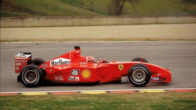 Легендарен болид на Шумахер бе продаден за 7.5 млн. долара