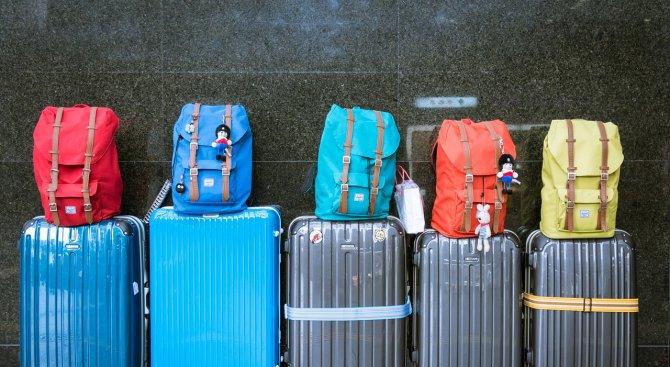 Харчим по 645 лева при пътуване в чужбина. За какво даваме най-много пари?