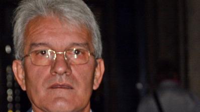 Рамадан Аталай припадна пред сградата на Народното събрание