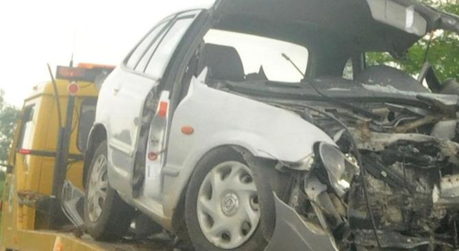 Момче и момиче загинаха при тежък пътен инцидент край Ловеч