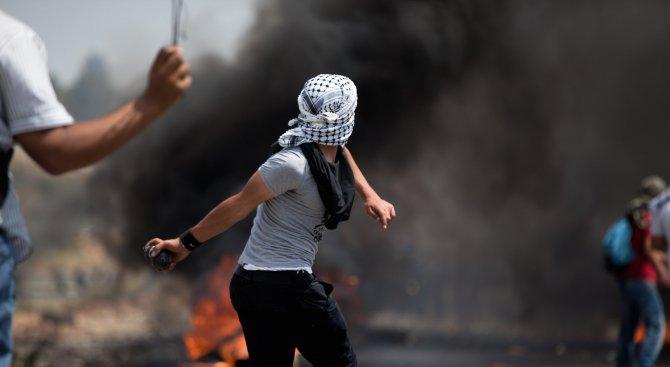 Преместването на посолството на САЩ в Йерусалим запали Палестина (снимки+видео)