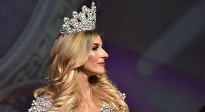"""Съдят фотографа на """"грозните"""" снимки на Мис България"""