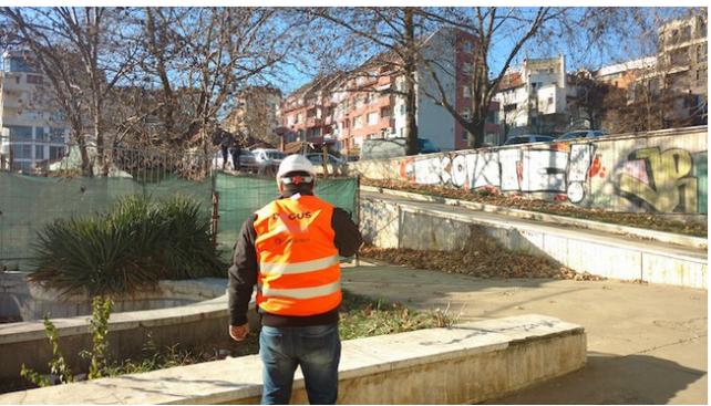 """Възстановено е преминаването през пешеходния подлез на бул. """"България"""""""