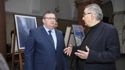 Сотир Цацаров откри изложба в Съдебната палата (снимки)