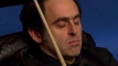 Рони заспа на стола по време на третата си победа в Scottish Open