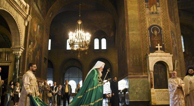 Патриарх Неофит ще оглави празничните богослужения за Рождество Христово