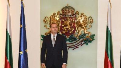 """Президентът Румен Радев и съпругата му ще присъстват на благотворителния спектакъл """"Българската Коле"""